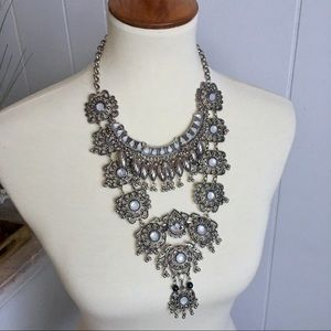 Jewelry - Beautiful, Gypsy bohemian silver bib necklace